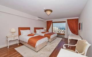 Deluxe Family Suite with Bosphorus View