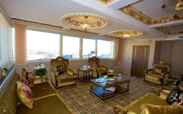 Deluxe Family Suite Sea View