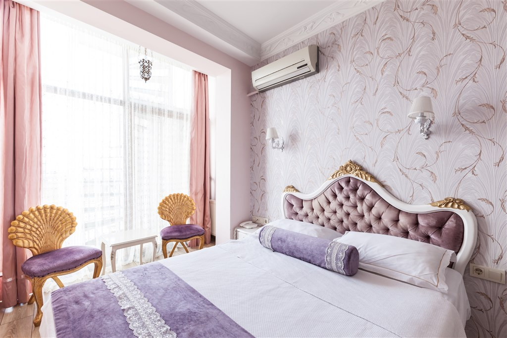 French & Twin Room