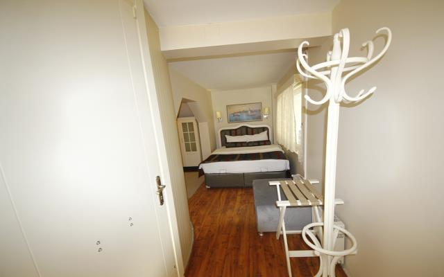 Economy Apartment - Basement