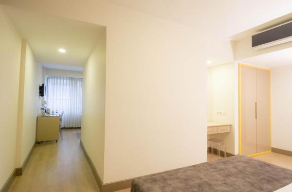 2 ODALI AİLE ODASI  /  CONNECTED 2 BEDROOM FAMILY ROOM FOR 3