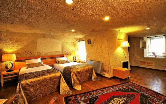 Superior Cave Double Room