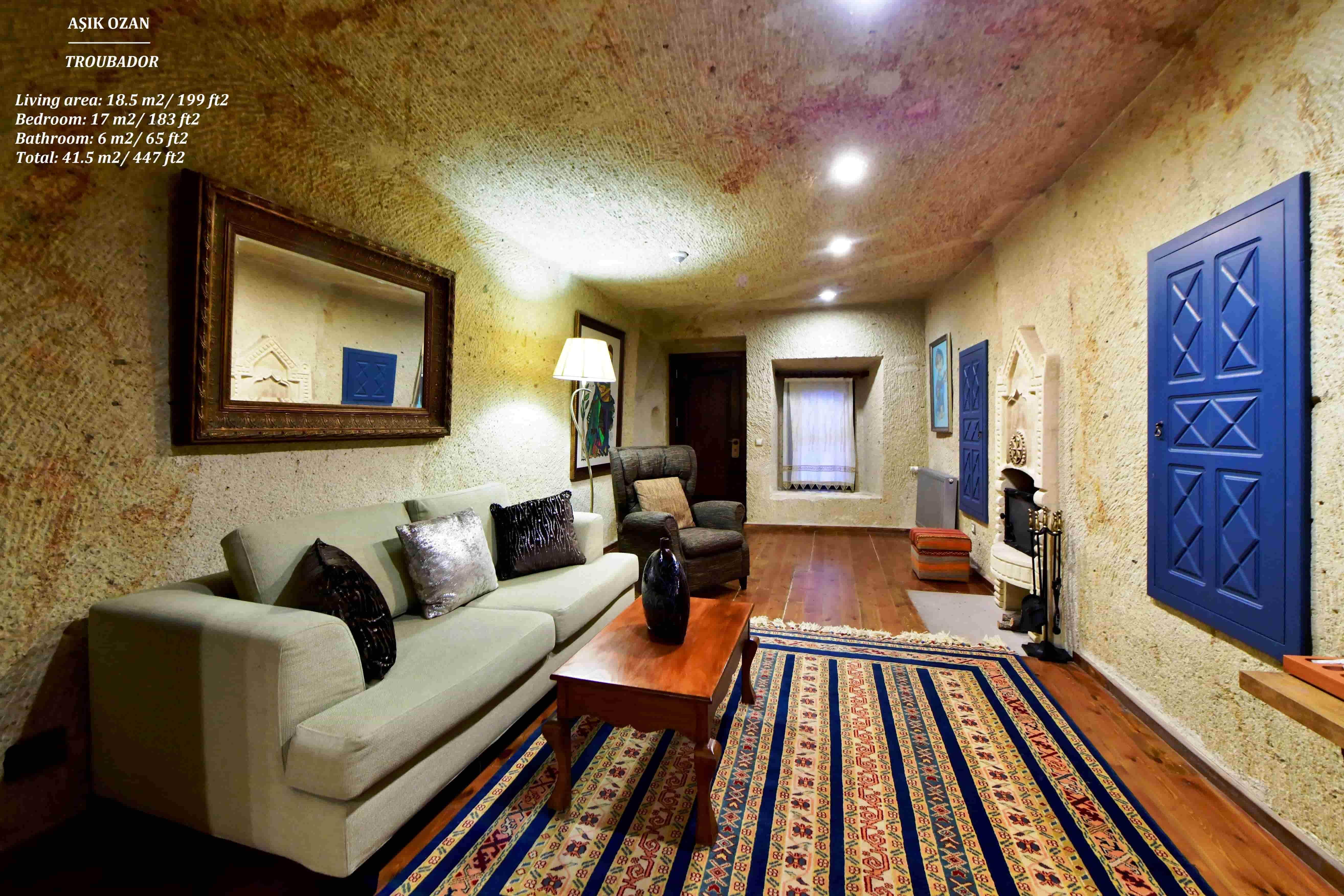 Superior Cave Triple Suite