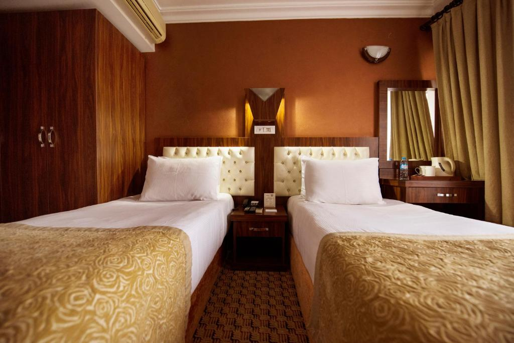Special Group Package Offer - 3 Double or Twin Rooms