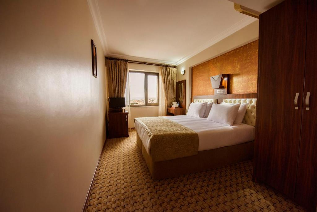 Special Group Package Offer - 5 Double or Twin Rooms