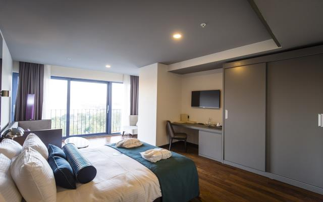 Three Bedroom Family Apartment with Kitchen - 7 PAX