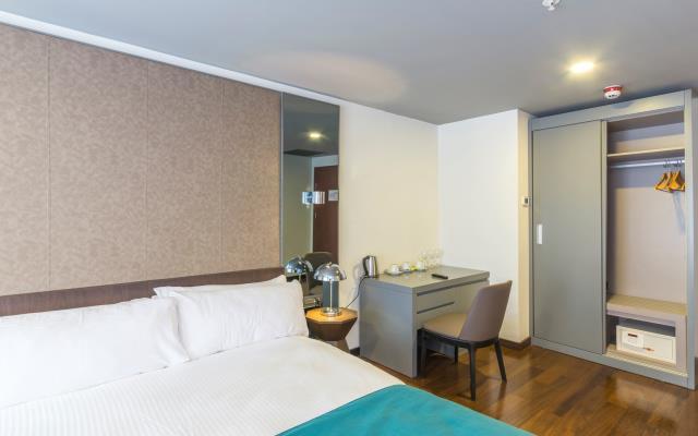 Standard Double Room - with Breakfast