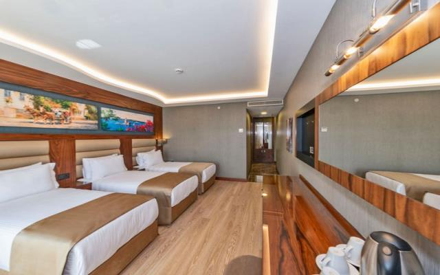 Deluxe Rooms Family Plus