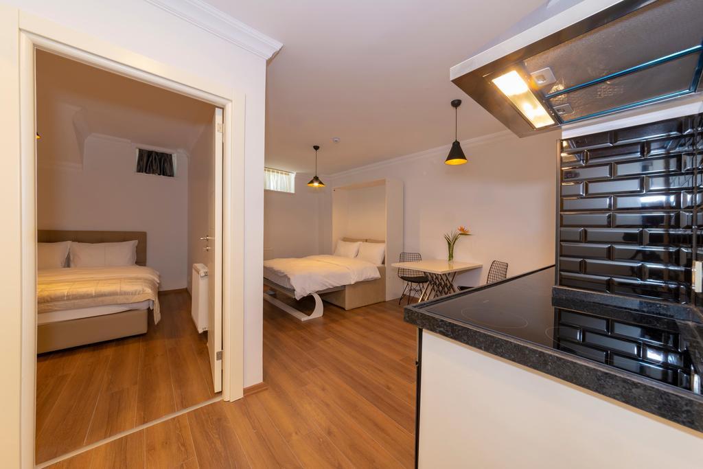 Suite - Basement Floor
