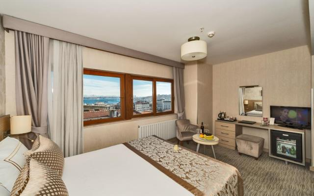 Superior Room with Sea View