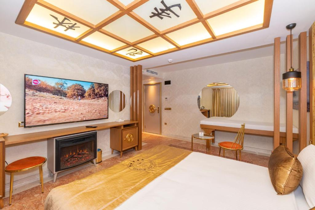Silent Suite with Jacuzzi