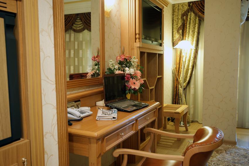 Sultan Suite Room
