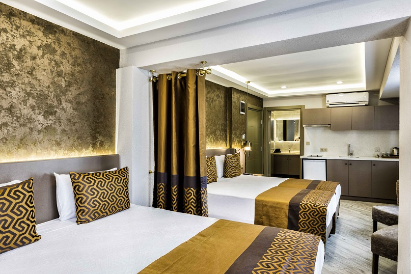 Family Package with Hammam