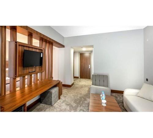 HB Junior Suite